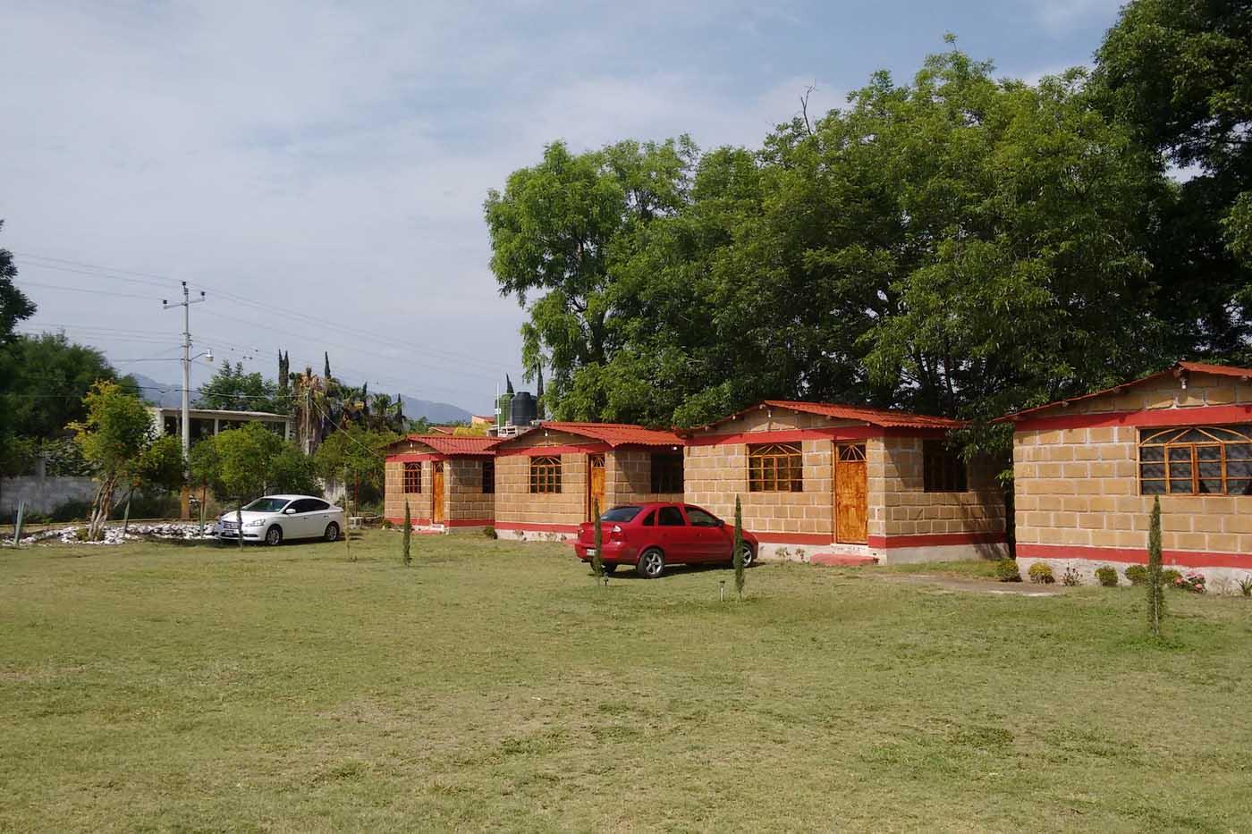 Inicio caba as area de acampar y jardin de eventos for Cabanas de jardin